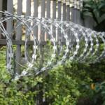 Qual é a melhor cerca de segurança para muro?